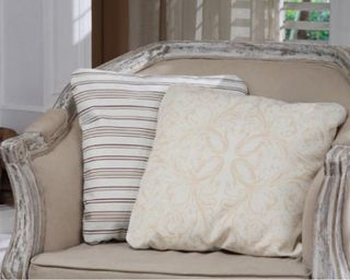 DE5705A pillows